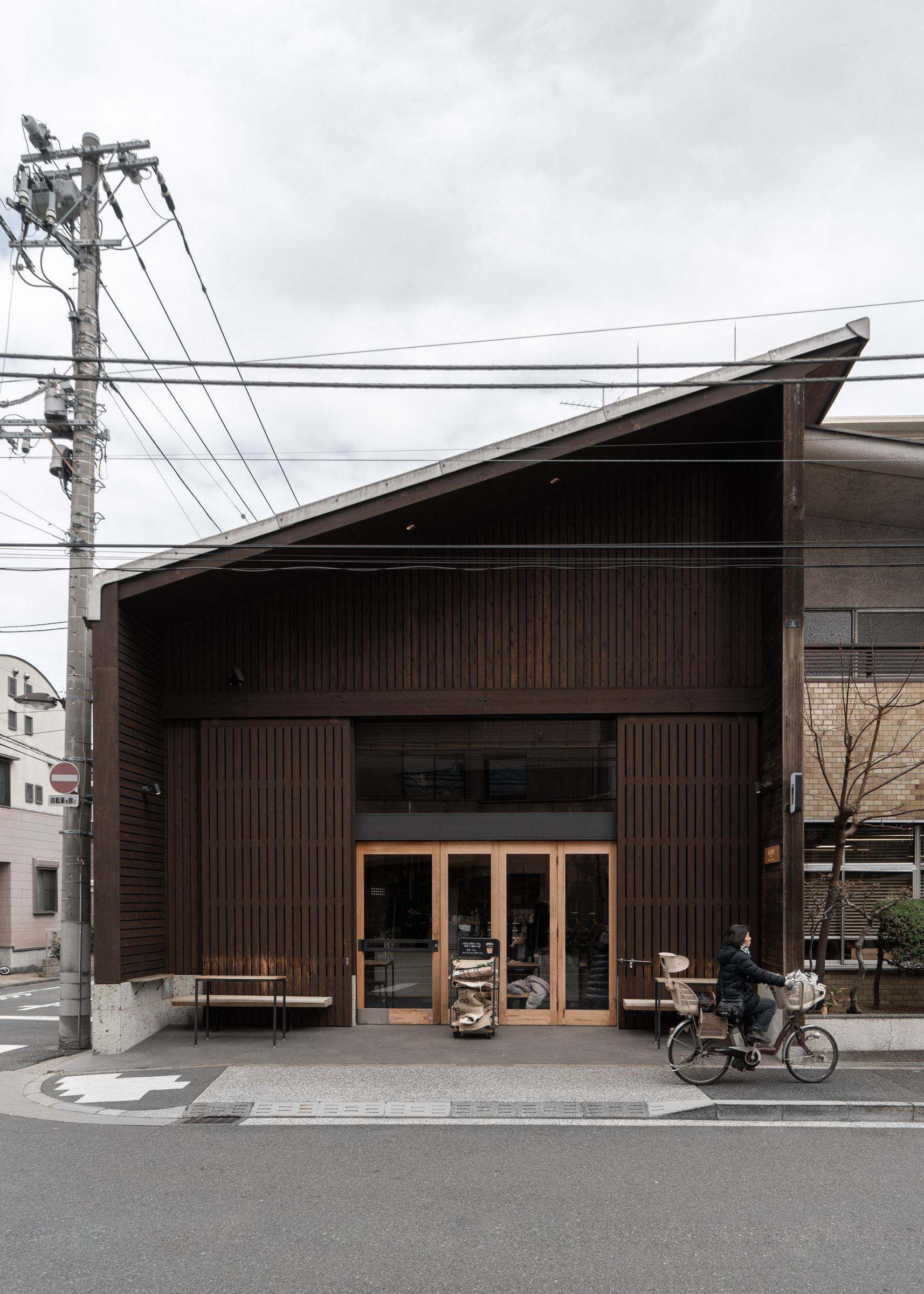 Allpress Espresso Tokyo Roastery & Cafe - Cafes In Tokyo — Tokyo Coffee Shop Guide — Softer Volumes