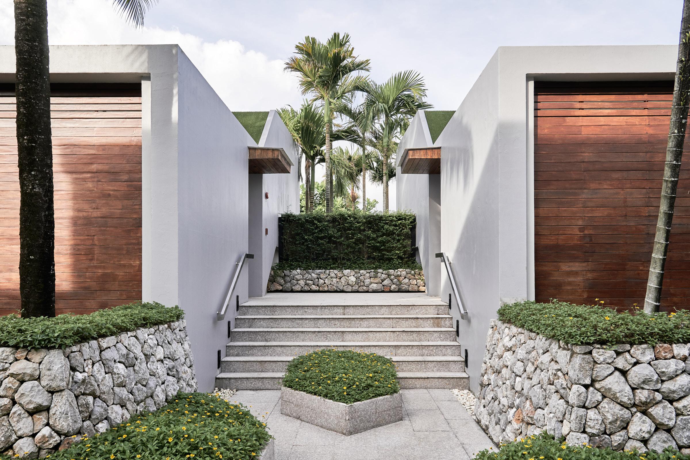 Casa de La Flora Khao Lak — Modern Luxury Minimalist Resort Design Hotel — Softer Volumes