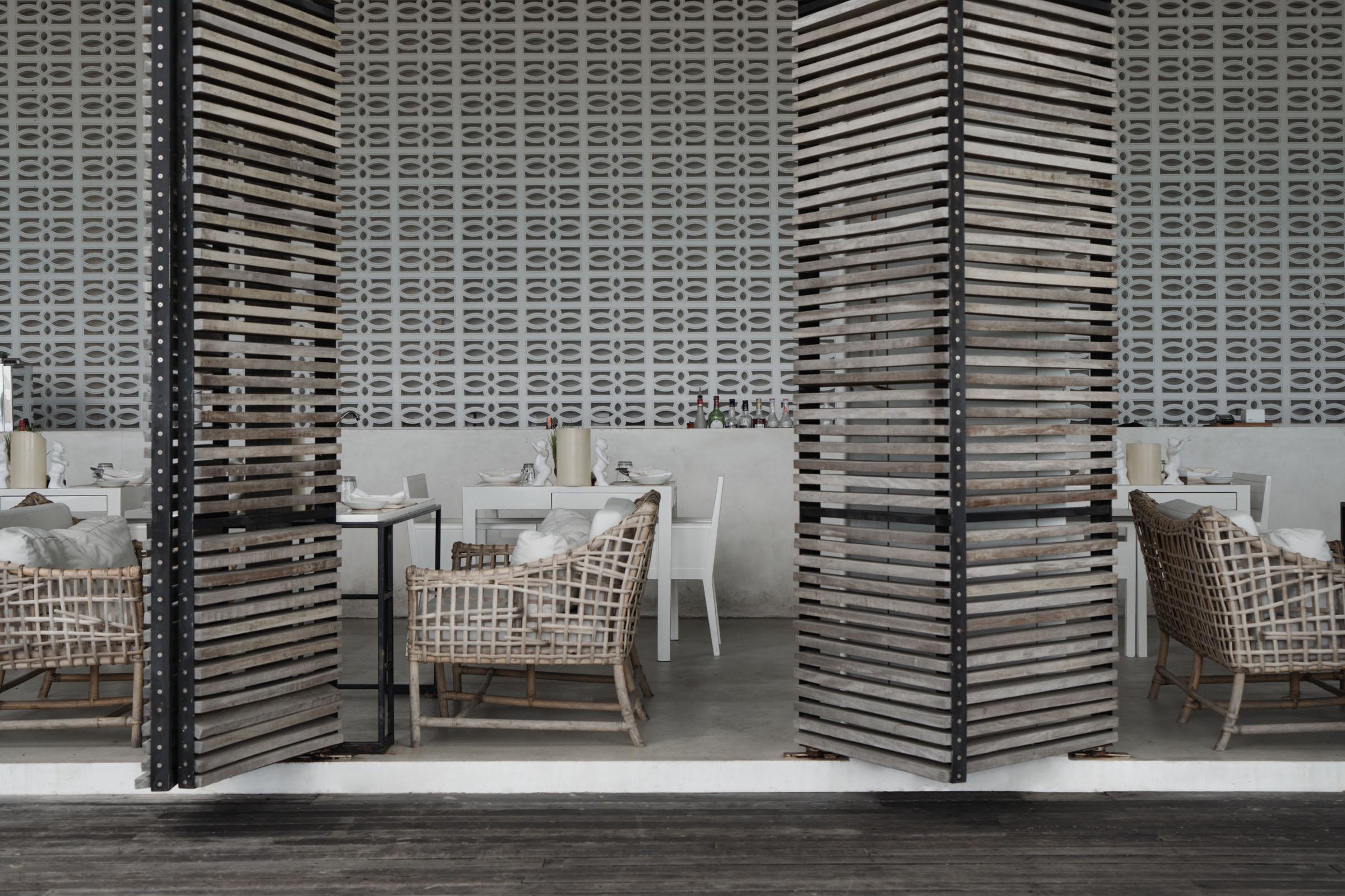 The-Library-Koh-Samui-Review-—-Modern-Design-Hotel-Luxury-Resort-—-Koh-Samui-Thailand