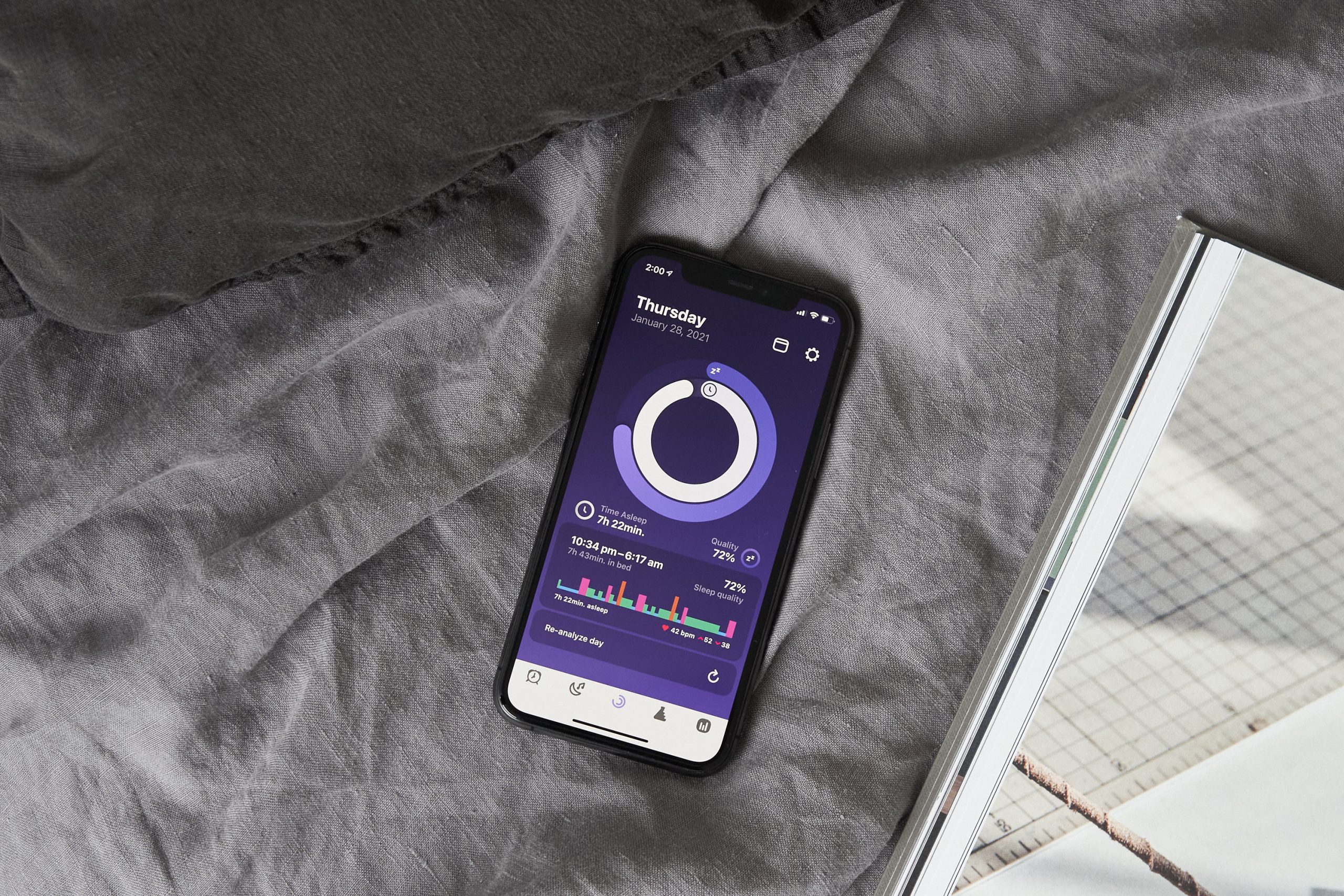 How To Track Your Sleep For A Better Night's Rest with Pillow App