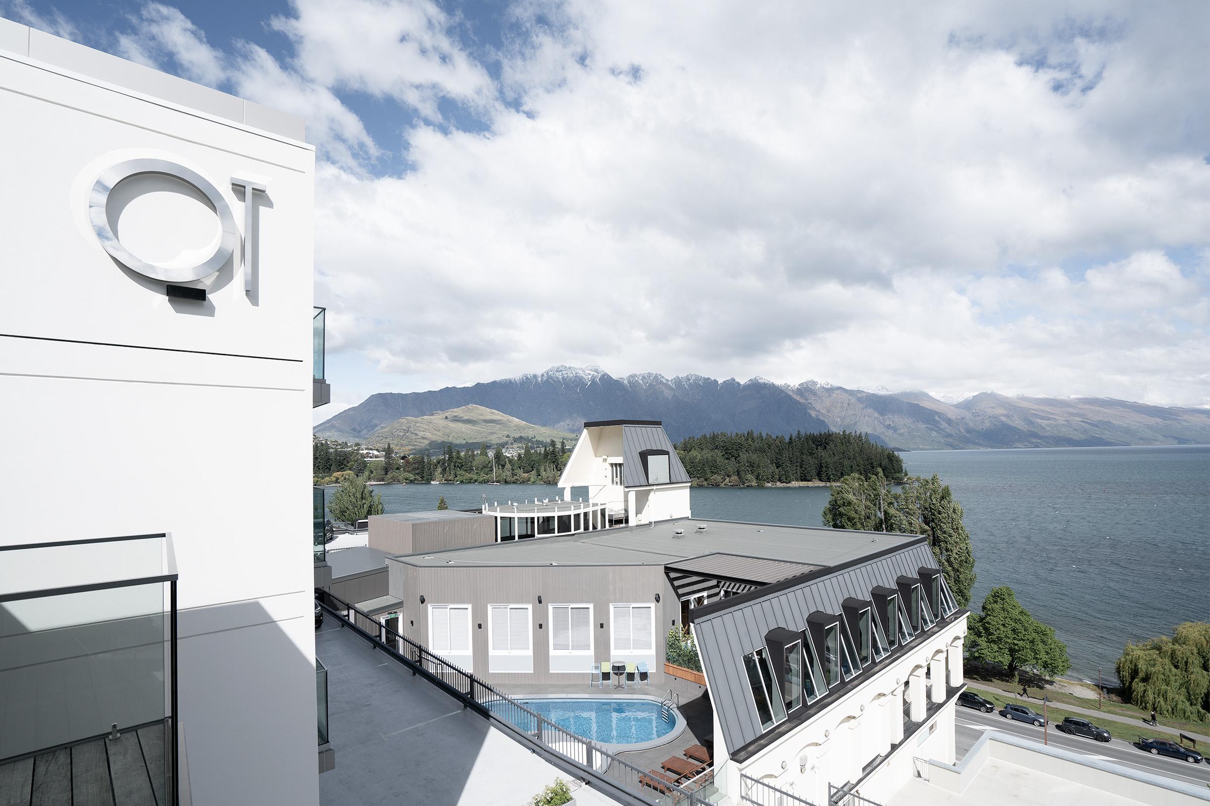 QT Queenstown - Modern luxury hotel Queenstown