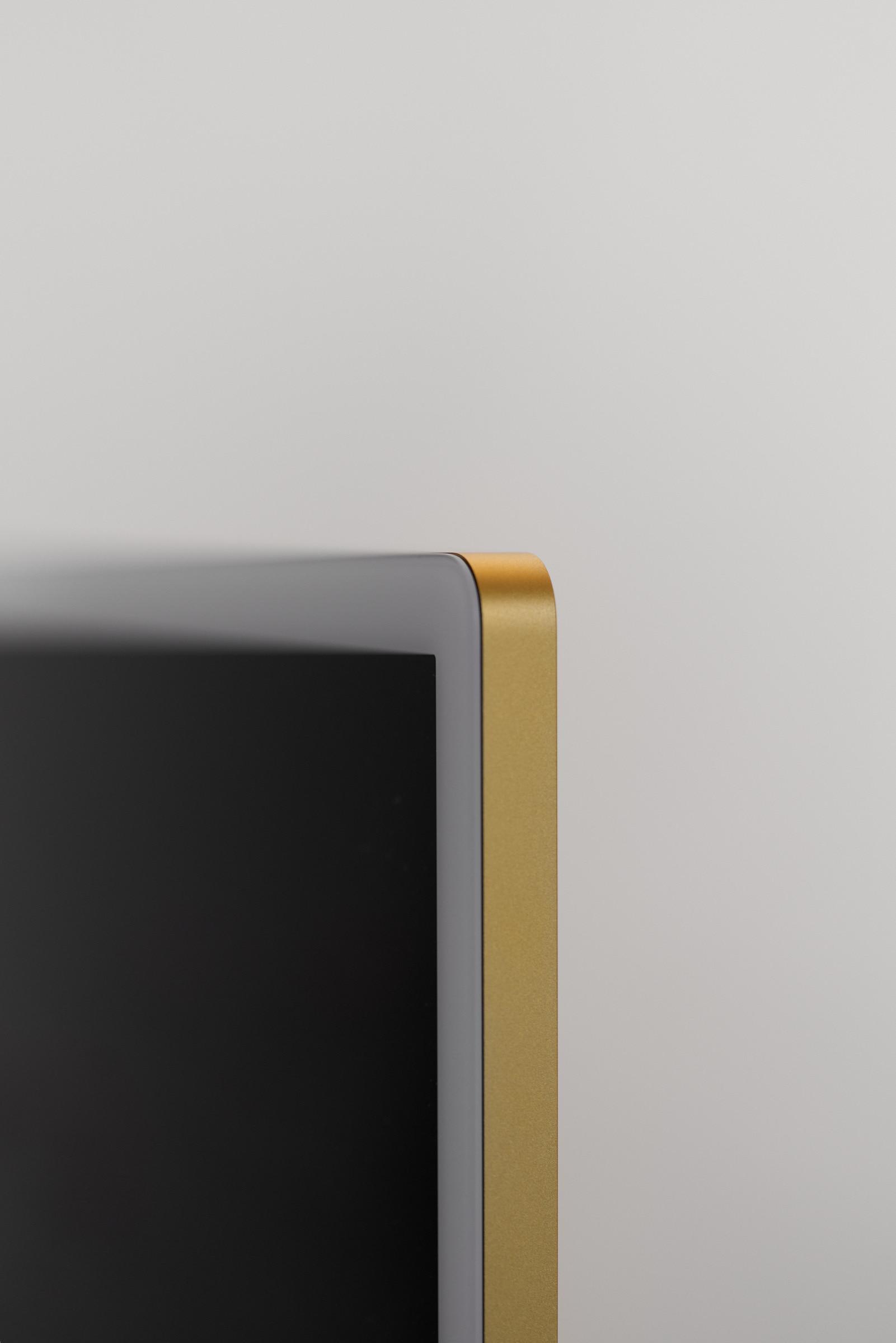 New iMac bezel