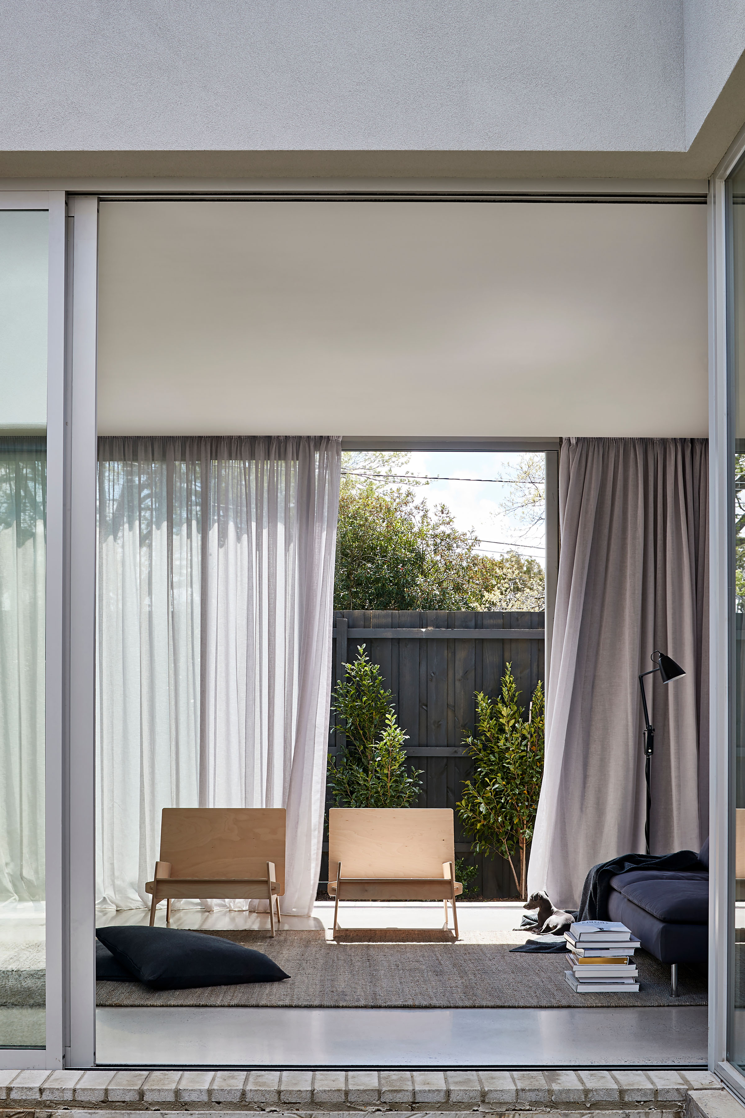 Ruxton Rise Residence | Simple design-led home in Melbourne | Softer Volumes