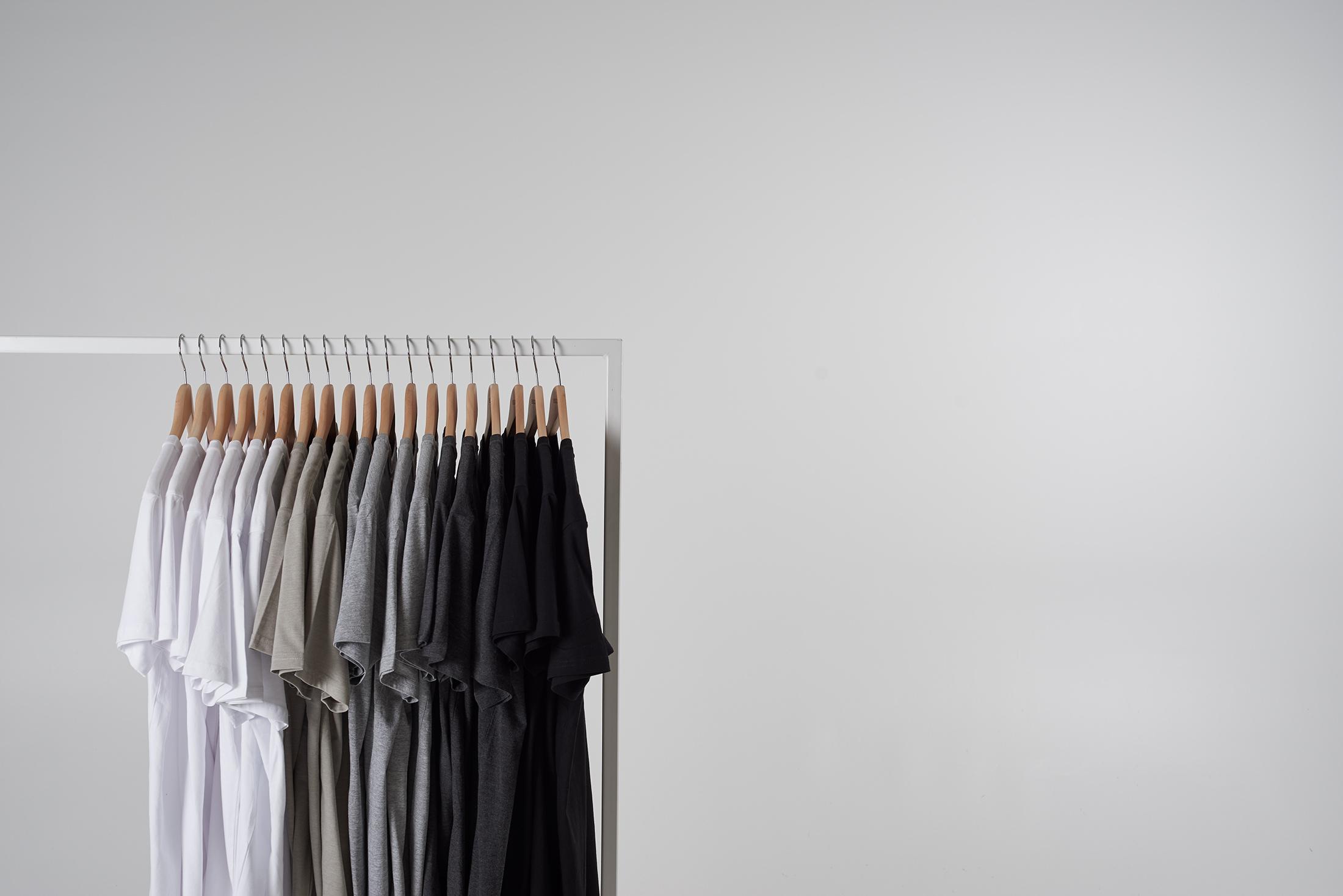 Best men's plain t-shirts