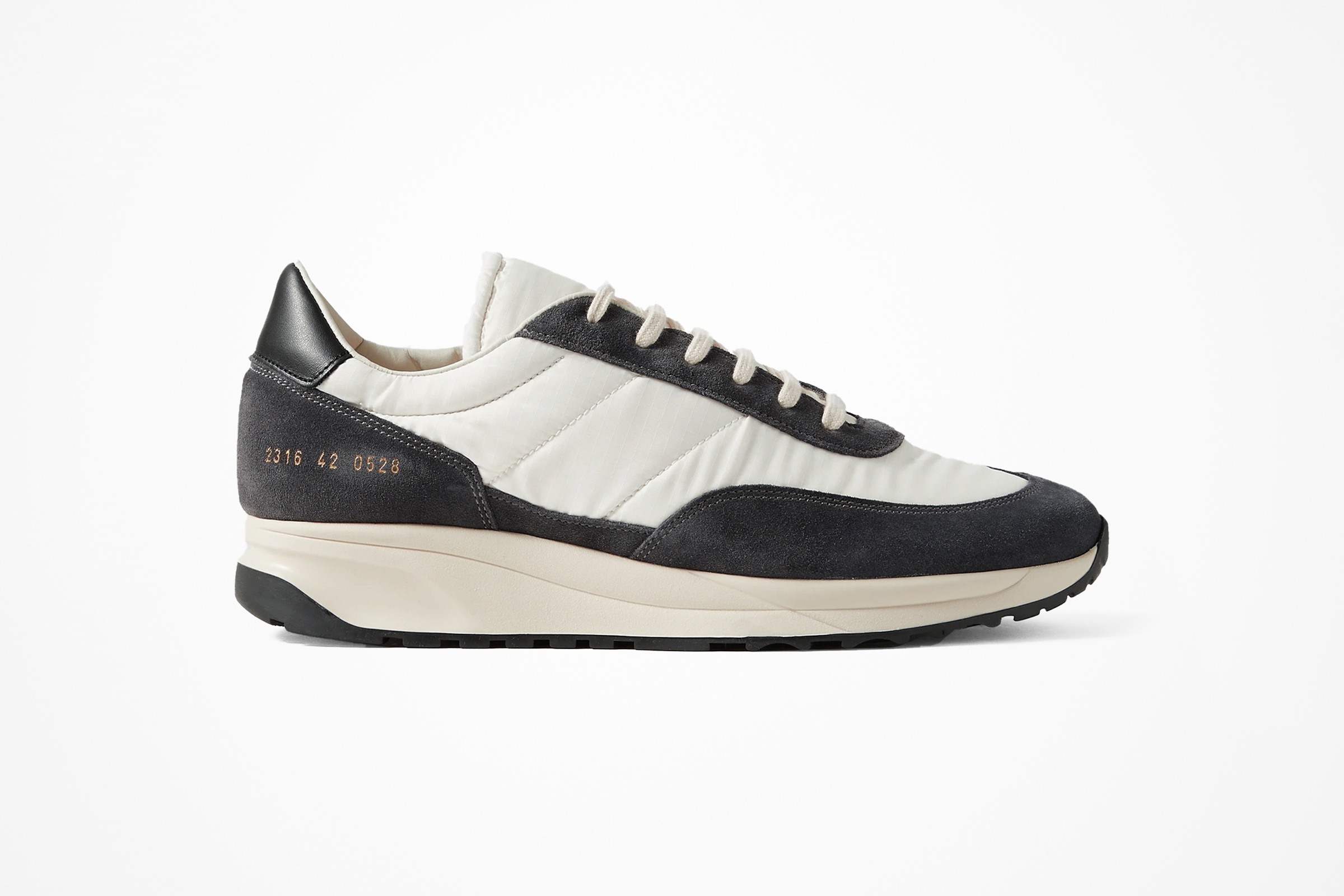 Track Classic Common Projects