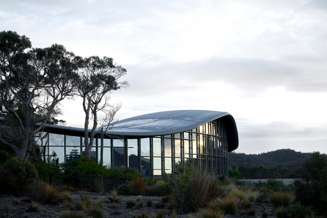 Saffire-Freycinet-Tasmania-01