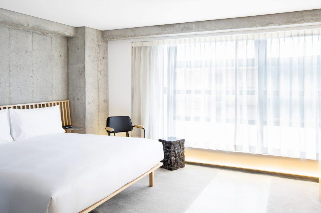 TUVE-Hotel-Hong-Kong-—-Minimalist-Modern-Design-Hotel4